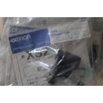 Omron XS2C-A423   - 4PIN KONNEKTOR